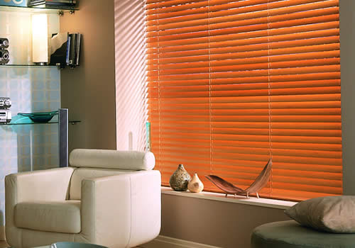Wood Venetian Blinds manufactured by Rainbow Blinds Trade Supplier UK